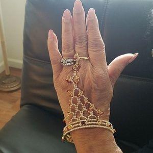 Jewelry - ONE FINGER BRACELET